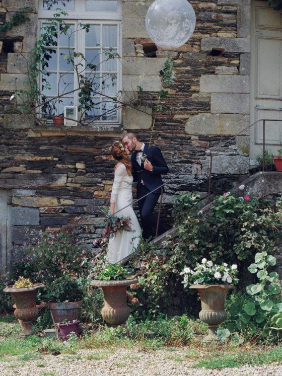 Couple escalier ballon Manoir de la Fresnaye Rolleiflex argentique