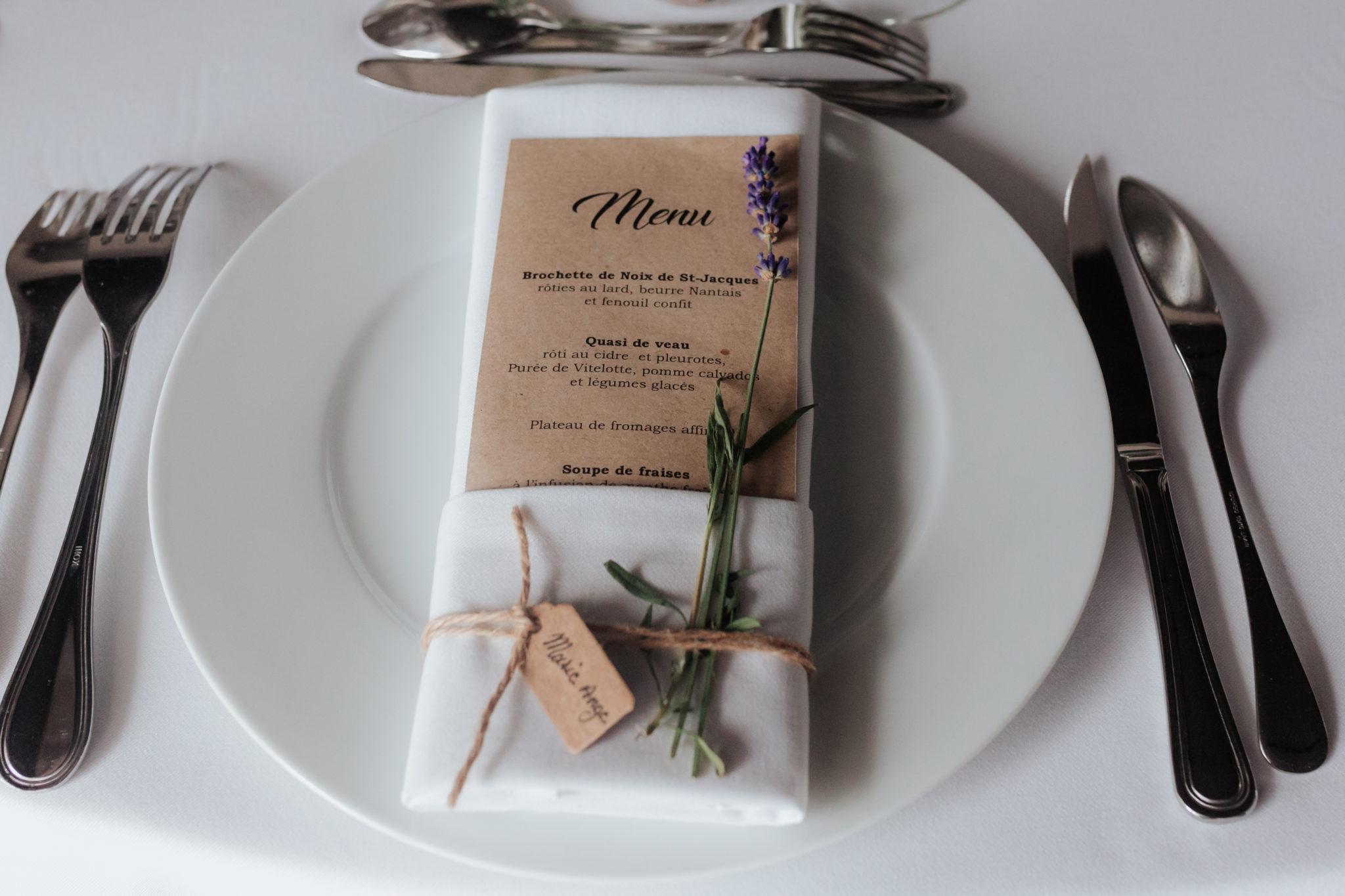 Décoration menu kinfolk botanique Domaine Laumondiere Bagnoles de l'Orne