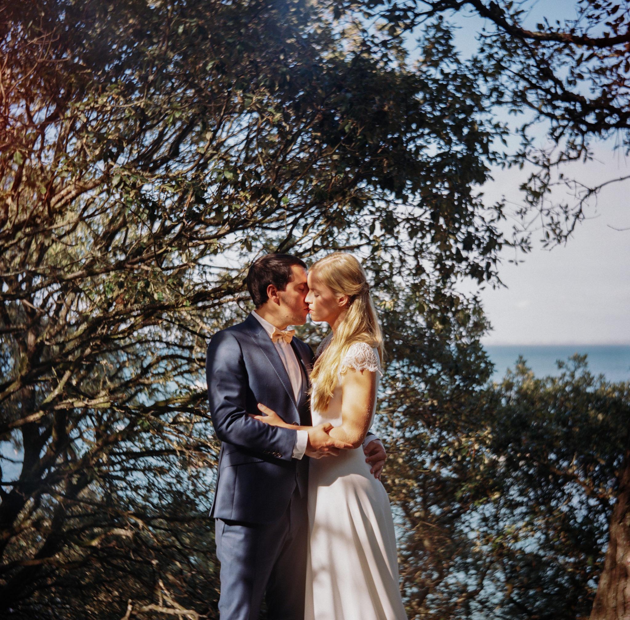 Portrait mariés Noirmoutier plage des Dames
