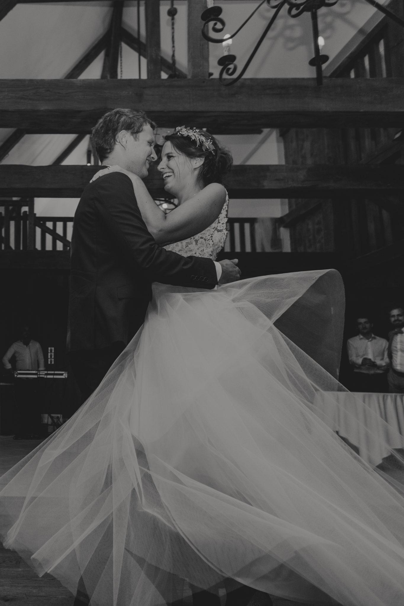 Mariage Pressoir Tourgéville première danse mariés