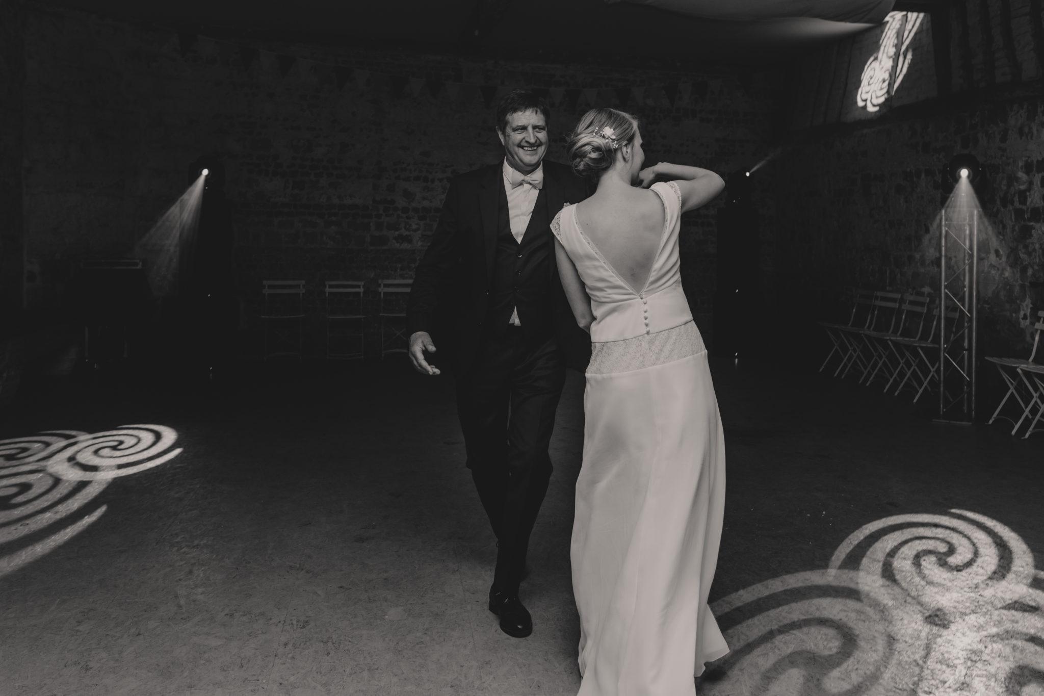 Première danse mariée et son père Manoir Ango Varengeville sur Mer