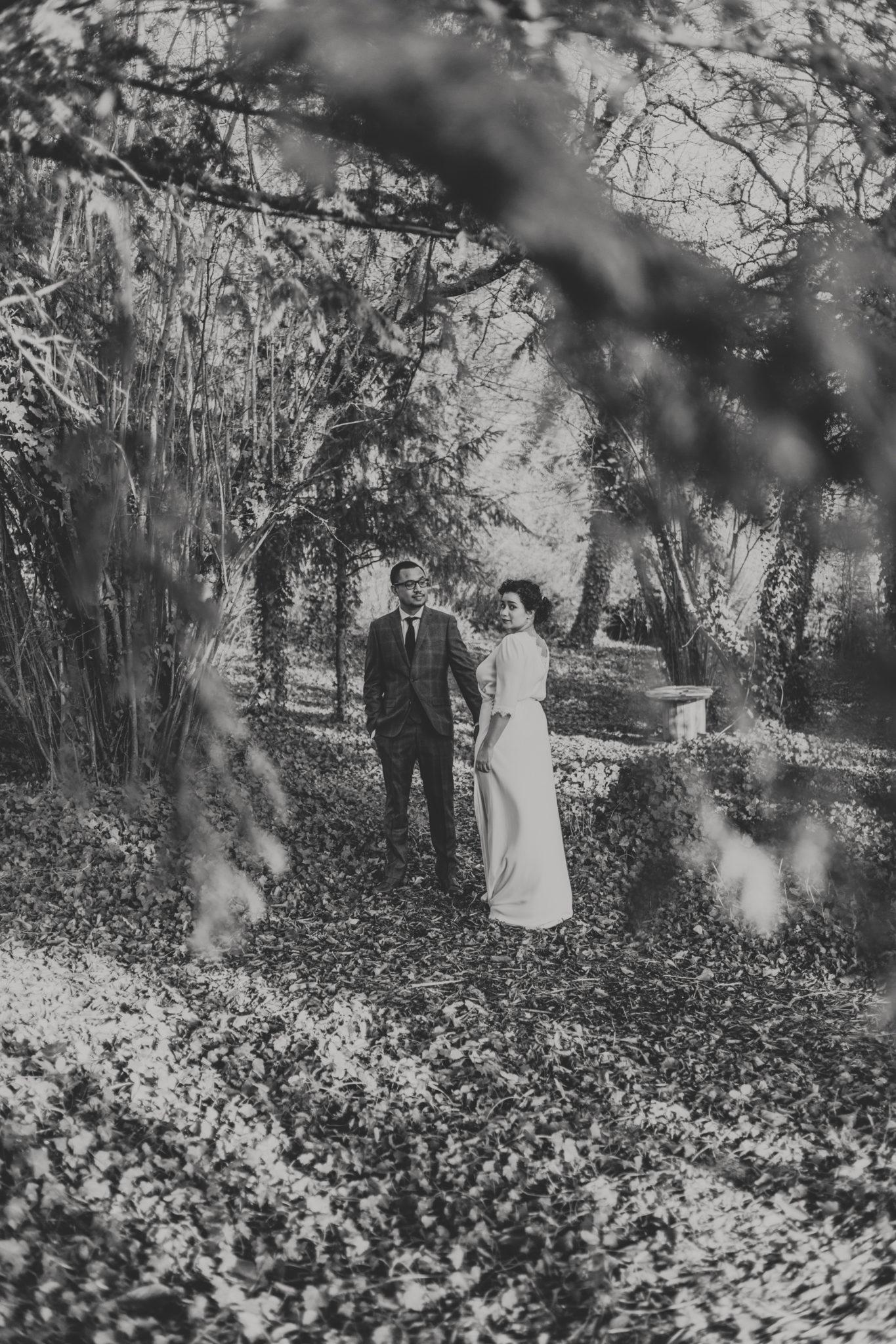 Portrait mariés mariage hiver jardin Chateau Naours Picardie Amiens