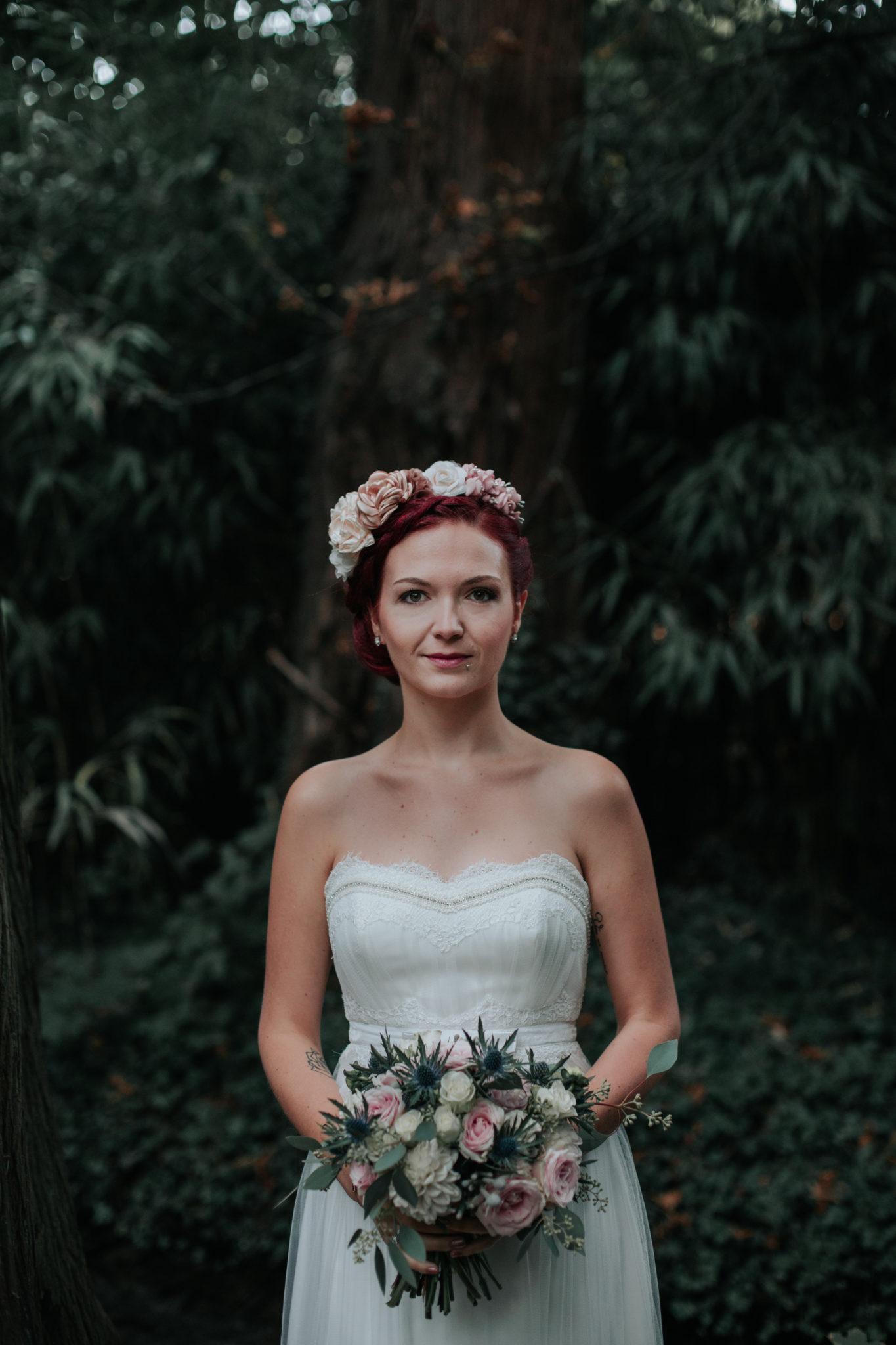 Portrait mariée Lyon parc Tête d'or bois
