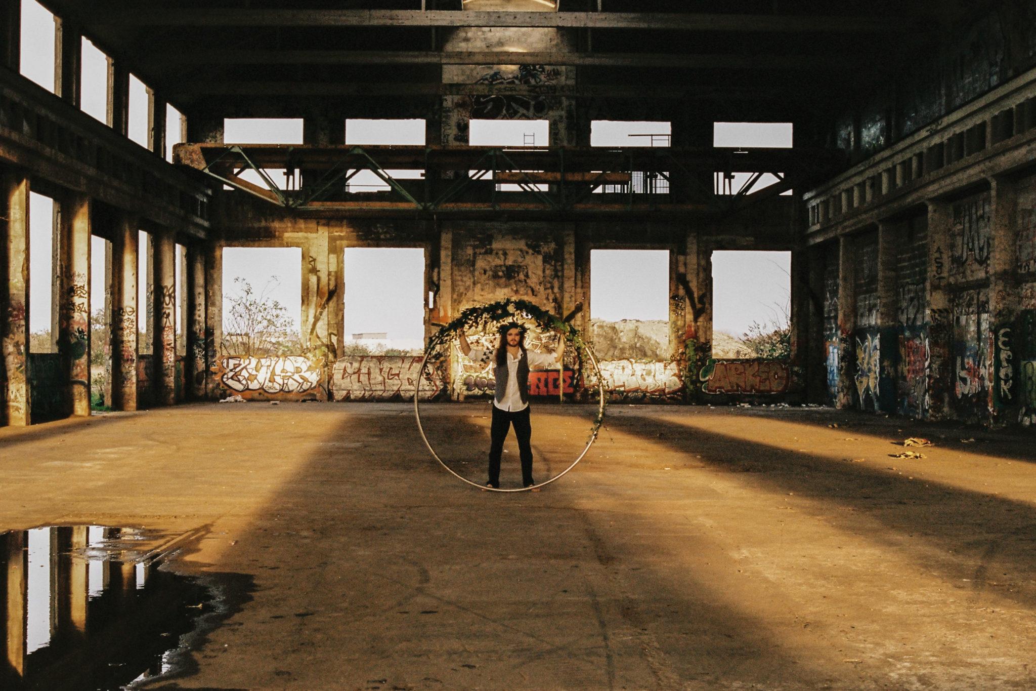 Songe jour d'hiver cirque inspiration industrielle