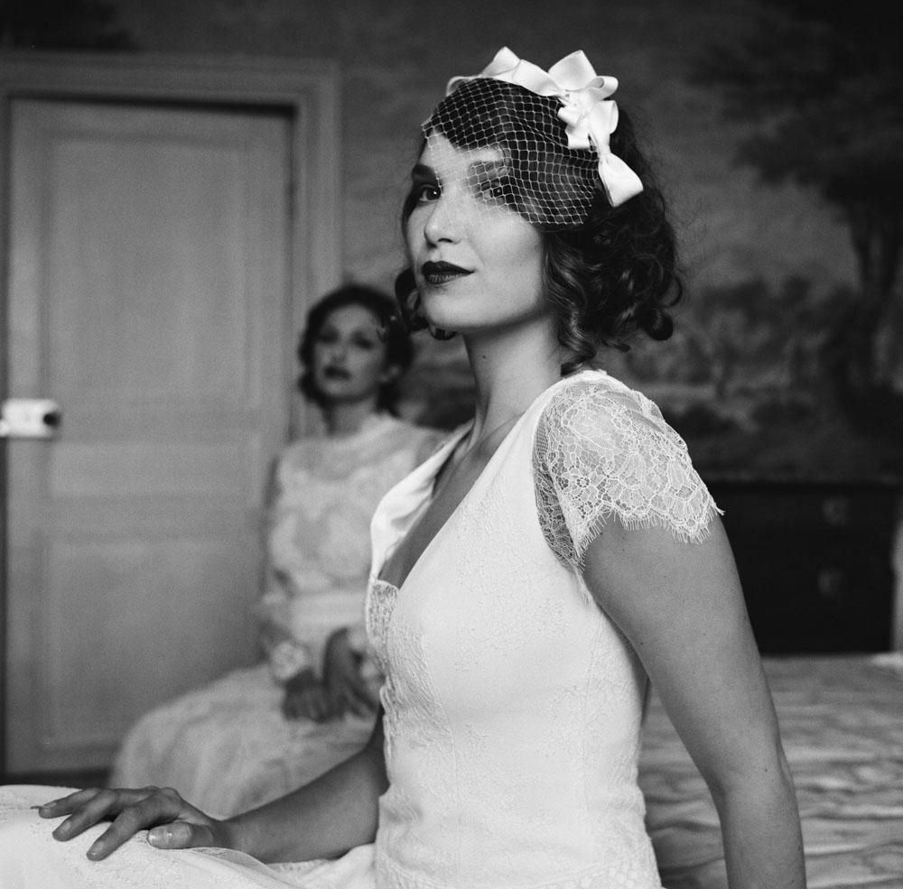 Le Mesnil d'O Le Wedding robes Caroline Takvorian Voilette Suzanne Ceremony rolleiflex