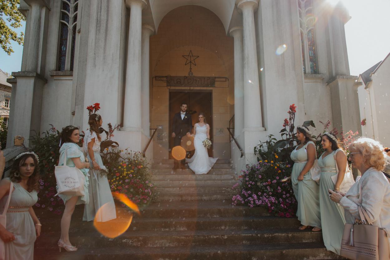 sortie des mariés église Sacré Coeur Bagnoles de l'Orne