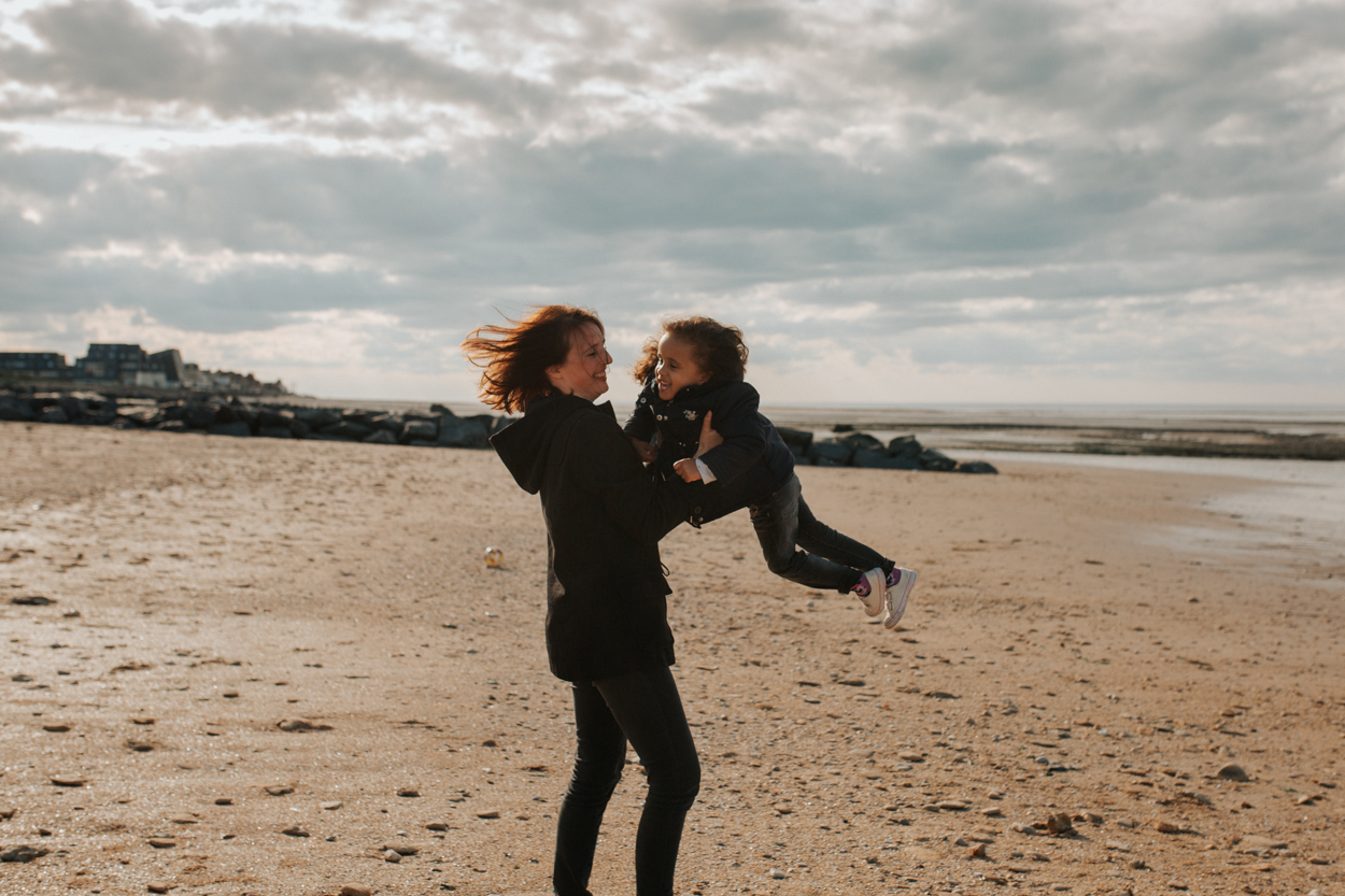 mère fille séance famille plage saint aubin sur mer