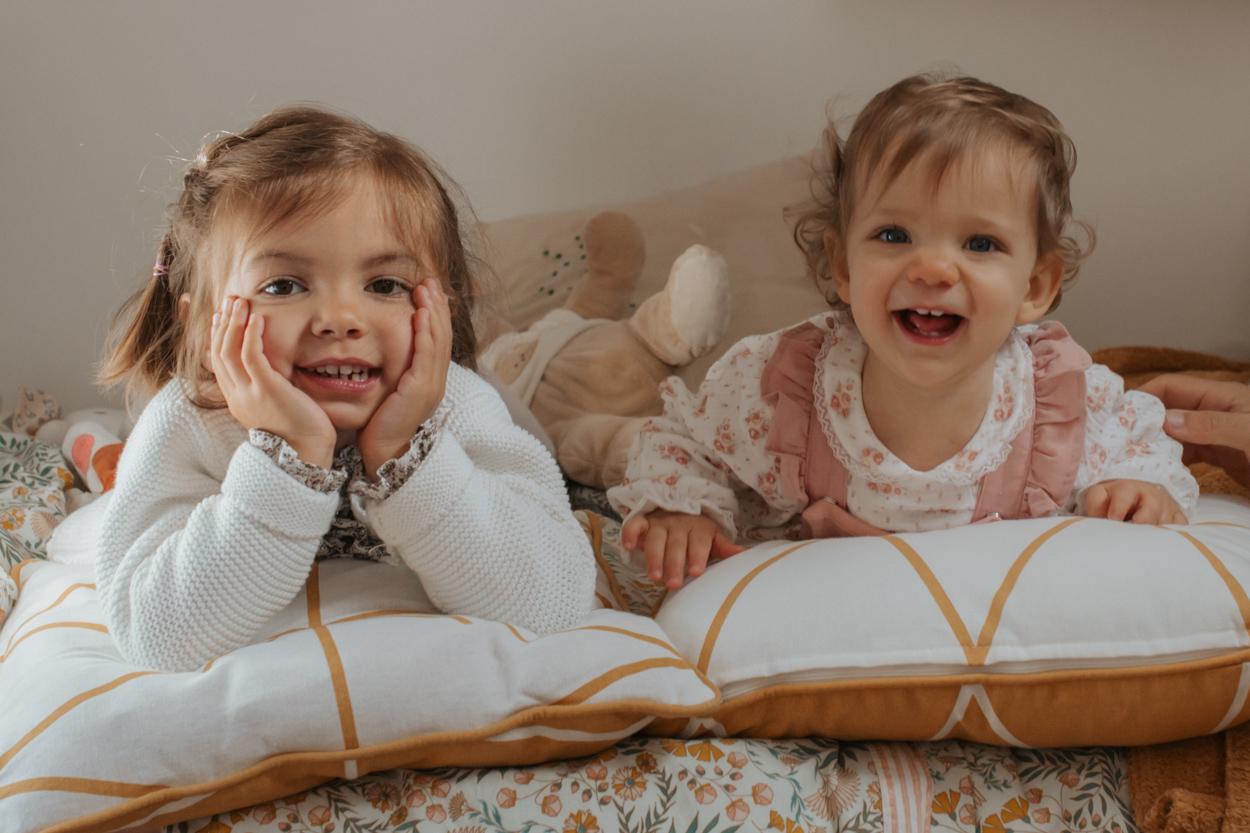 séance famille portraits 2 soeurs